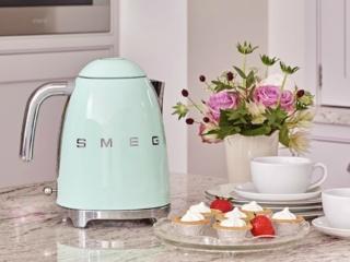 Терморегулятор в чайниках Smeg – возможность подогреть воду до нужной температуры