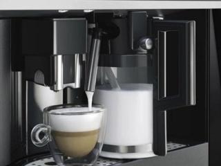 Автоматические встраиваемые кофемашины Smeg – обзор функционала