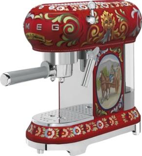 Кофемашина от итальянцев ECF01DGEU - SMEG и Dolce & Gabbana создали уникальный апарат