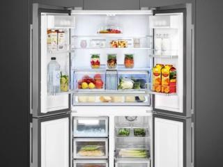 Уникальные четырехкамерные холодильники SMEG Side-by-Side