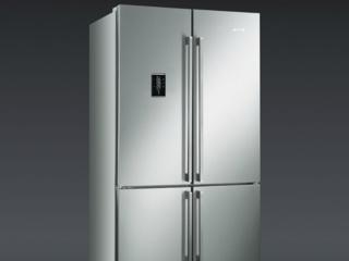 Информативный LCD-дисплей в холодильниках Смег