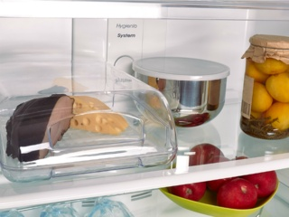 Льдогенератор в холодильниках Smeg