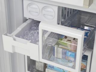 Контейнеры с контролем влажности в холодильниках Смег