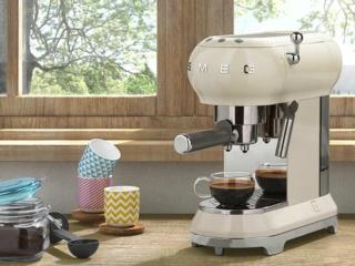Режим автоматического удаления накипи в кофемашинах Smeg