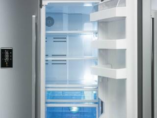 Внутреннее LED-освещение в холодильниках SMEG